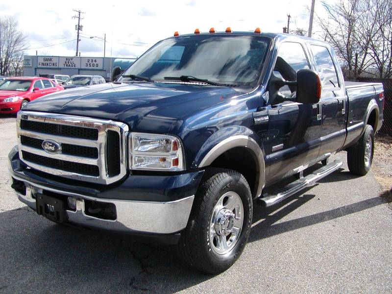 2005 Ford F-350 Super Duty Lariat 4dr Crew Cab 4WD SB for sale at Berea Auto Mall