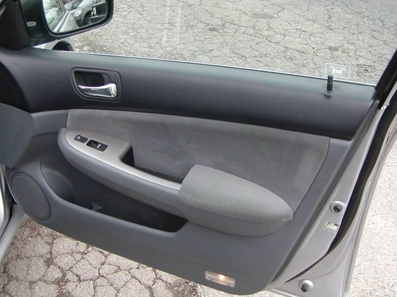 2006 Honda Accord EX 4dr Sedan 5A for sale at Berea Auto Mall