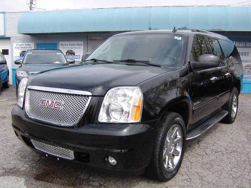 2010 GMC Yukon XL Denali AWD XL 4dr SUV for sale at Berea Auto Mall