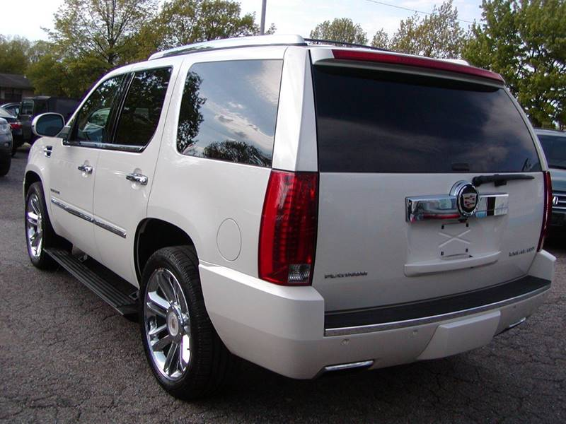 2014 Cadillac Escalade Platinum AWD 4dr SUV for sale at Berea Auto Mall