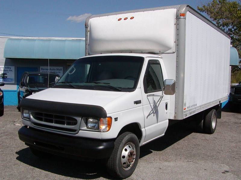 2001 Ford E-Series Chassis E 450 SD 2dr Commercial/Cutaway/Chassis 158 176 in. WB for sale at Berea Auto Mall