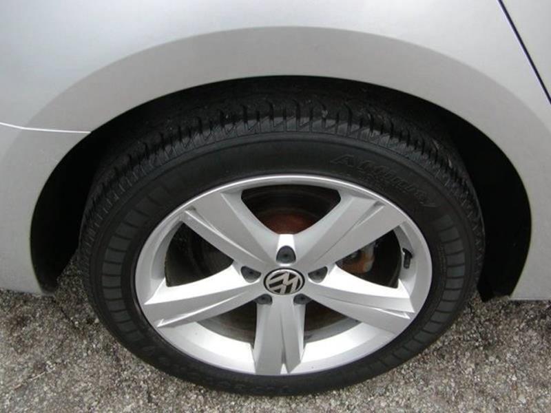 2013 Volkswagen Passat SE PZEV 4dr Sedan 6A w/ Sunroof for sale at Berea Auto Mall