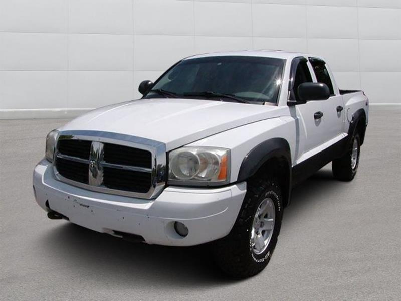 2006 Dodge Dakota SLT 4dr Quad Cab 4WD SB for sale at Berea Auto Mall