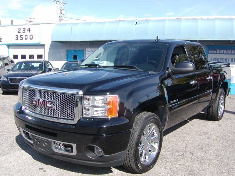 2012 GMC Sierra 1500 Denali AWD 4dr Crew Cab 5.8 ft. SB for sale at Berea Auto Mall