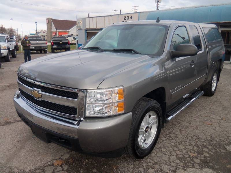 2008 Chevrolet Silverado 1500 LT1 2WD 4dr Extended Cab 5.8 ft. SB for sale at Berea Auto Mall