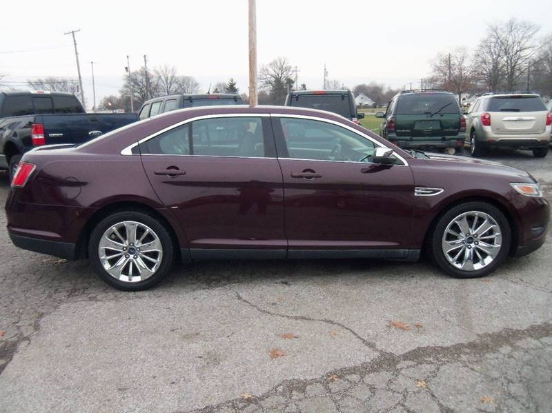 2011 Ford Taurus Limited 4dr Sedan for sale at Berea Auto Mall