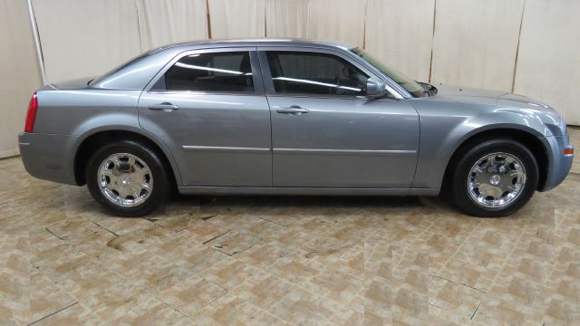 2006 Chrysler 300 Touring 4dr Sedan in Berea