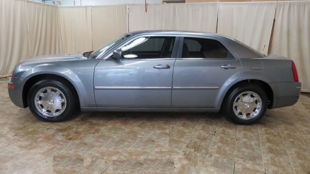 2006 Chrysler 300 Touring 4dr Sedan for sale at Berea Auto Mall