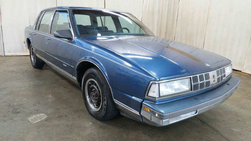 1990 Oldsmobile Ninety-Eight Regency 4dr Sedan for sale at Berea Auto Mall