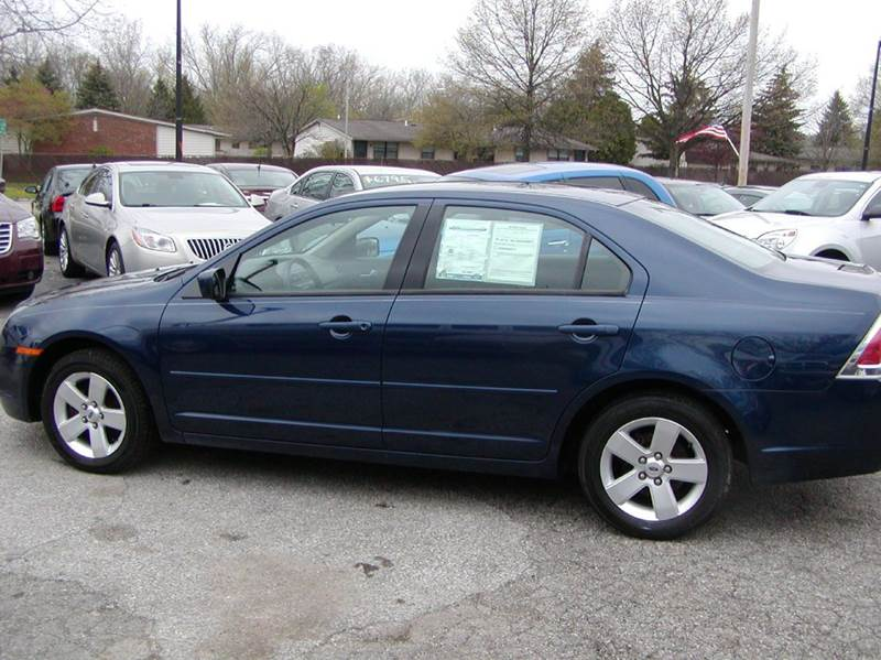 2006 Ford Fusion V6 SE 4dr Sedan for sale at Berea Auto Mall