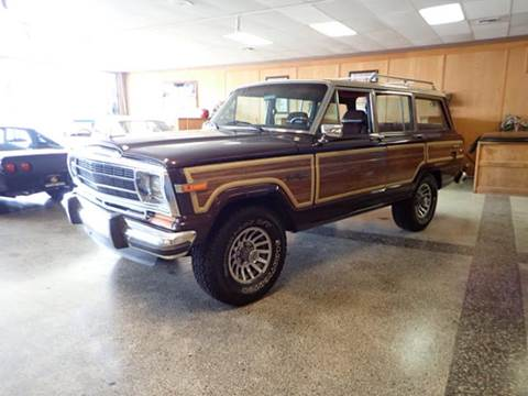 1990 Jeep Grand Wagoneer for sale in Tacoma, WA