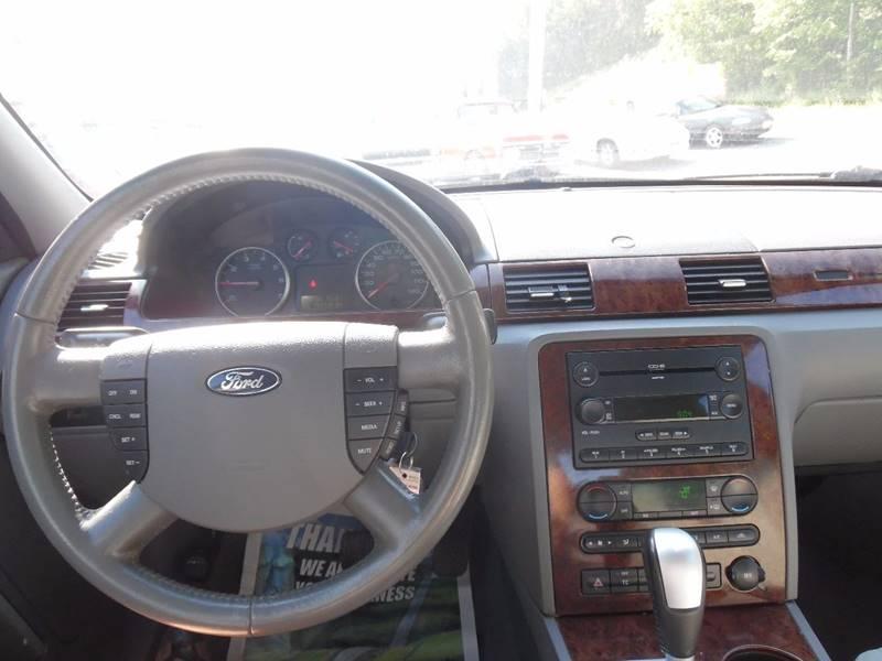 2005 Ford Five Hundred SEL 4dr Sedan - East Barre VT
