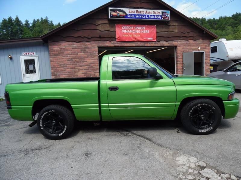 2000 Dodge Ram Pickup 1500 2dr ST Standard Cab SB - East Barre VT