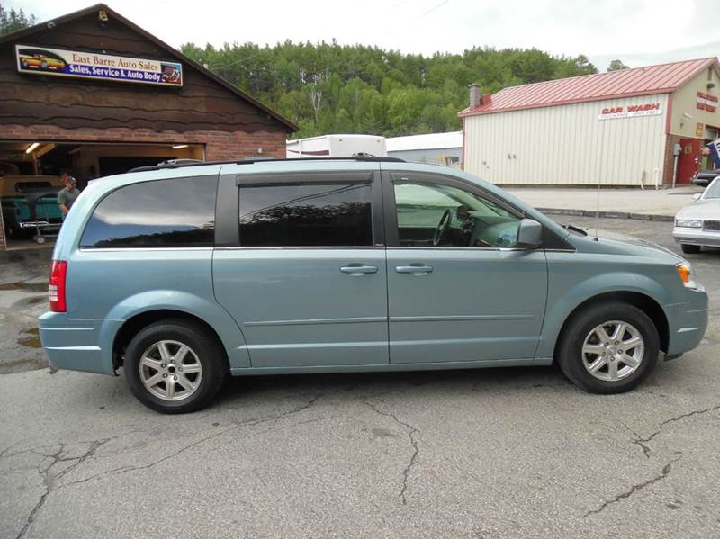 2008 chrysler town and country touring mini van passenger in east barre vt east barre auto sales. Black Bedroom Furniture Sets. Home Design Ideas
