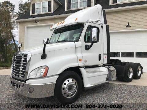 2015 Freightliner Cascadia for sale at DAVIS AUTO SALES                                     . in Richmond VA