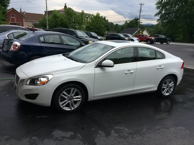 2012 Volvo S60 T5 In Pittsford VT - CURTIS AUTO SALES