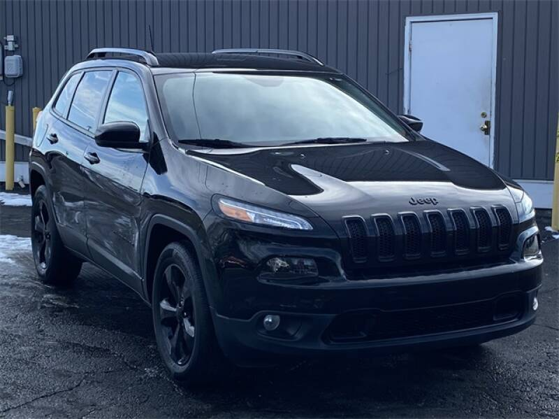 2017 Jeep Cherokee car for sale in Detroit
