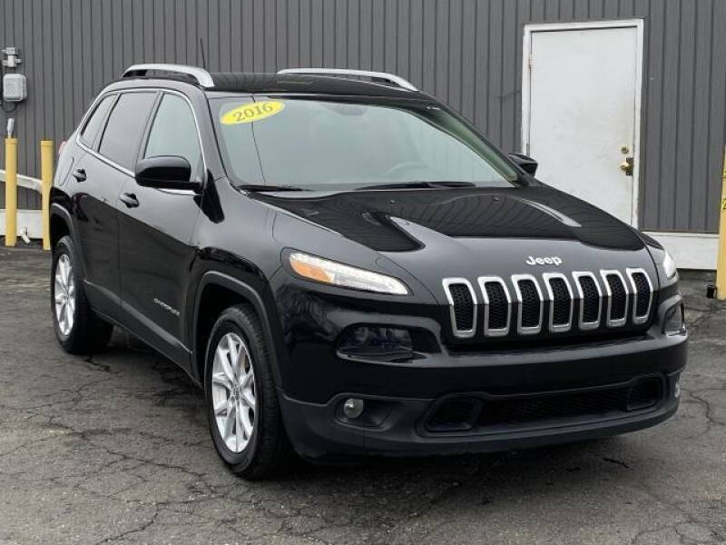 2016 Jeep Cherokee car for sale in Detroit
