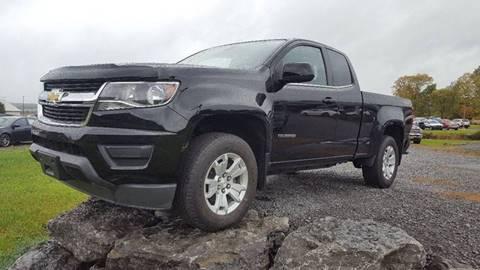 2015 Chevrolet Colorado for sale at DAMIAN'S AUTOMOTIVE in Hamilton NY