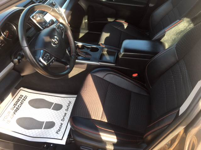 2015 Toyota Camry SE 4dr Sedan - Hope AR