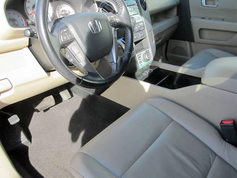 2010 Honda Pilot 4x4 Touring 4dr SUV w/Navi and DVD - Reidsville NC