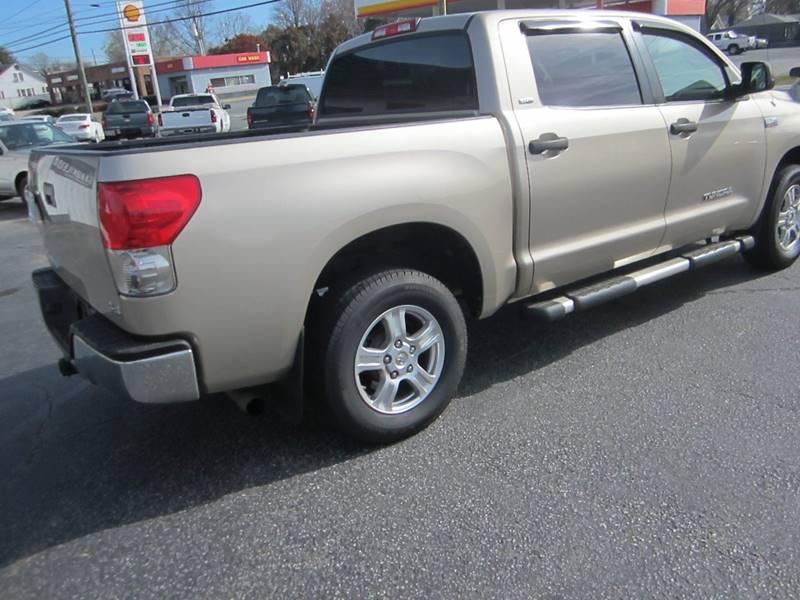 2007 Toyota Tundra SR5 4dr CrewMax Cab 4x4 SB (5.7L V8) - Reidsville NC