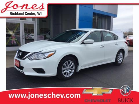 2017 Nissan Altima for sale in Richland Center, WI