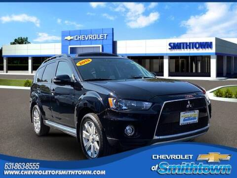 2013 Mitsubishi Outlander for sale at CHEVROLET OF SMITHTOWN in Saint James NY