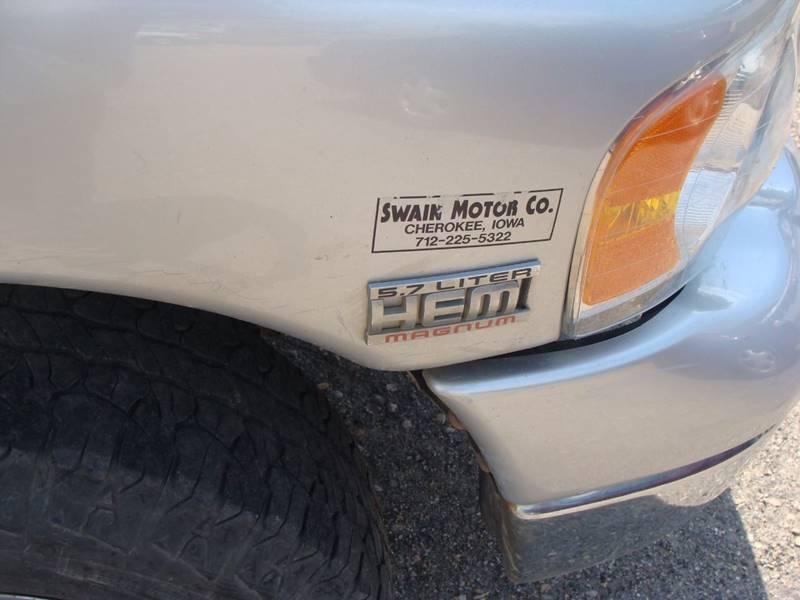 2005 Dodge Ram Pickup 1500 4dr Quad Cab SLT 4WD LB - Cherokee IA