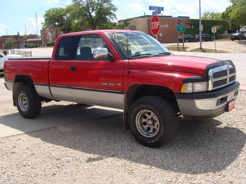 1997 Dodge Ram Pickup 1500 2dr Laramie SLT 4WD Extended Cab SB - Cherokee IA