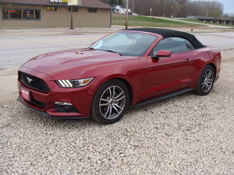 2017 Ford Mustang EcoBoost Premium 2dr Convertible - Cherokee IA