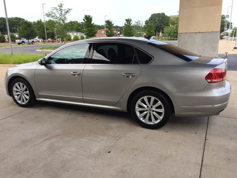 2012 Volkswagen Passat for sale in Bettendorf, IA