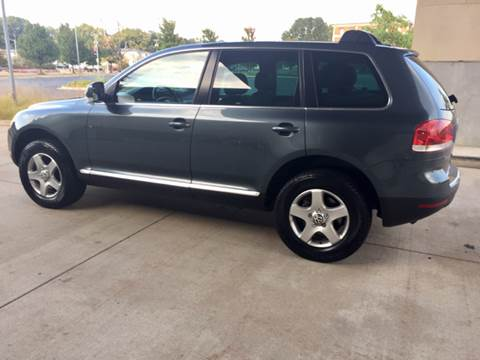 2005 Volkswagen Touareg for sale in Bettendorf, IA