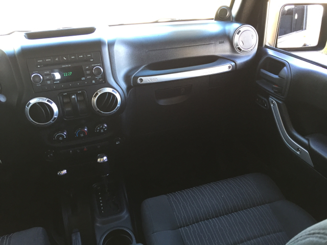 2011 Jeep Wrangler Sahara 4x4 2dr SUV - Bettendorf IA