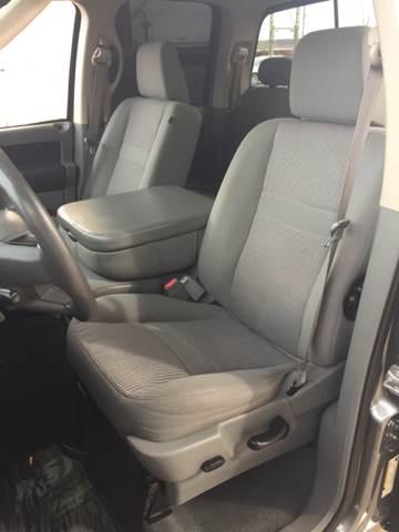 2007 Dodge Ram Pickup 1500 SLT 4dr Quad Cab 4WD SB - Bettendorf IA