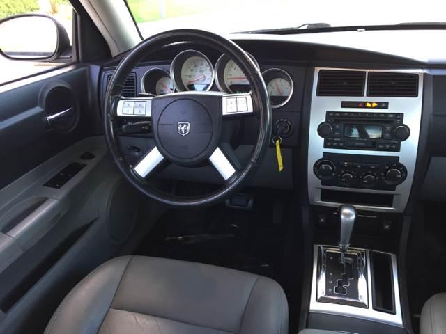 2006 Dodge Charger RT 4dr Sedan - Bettendorf IA