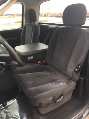 2005 Dodge Ram Pickup 1500 2dr Regular Cab SLT Rwd SB - Bettendorf IA