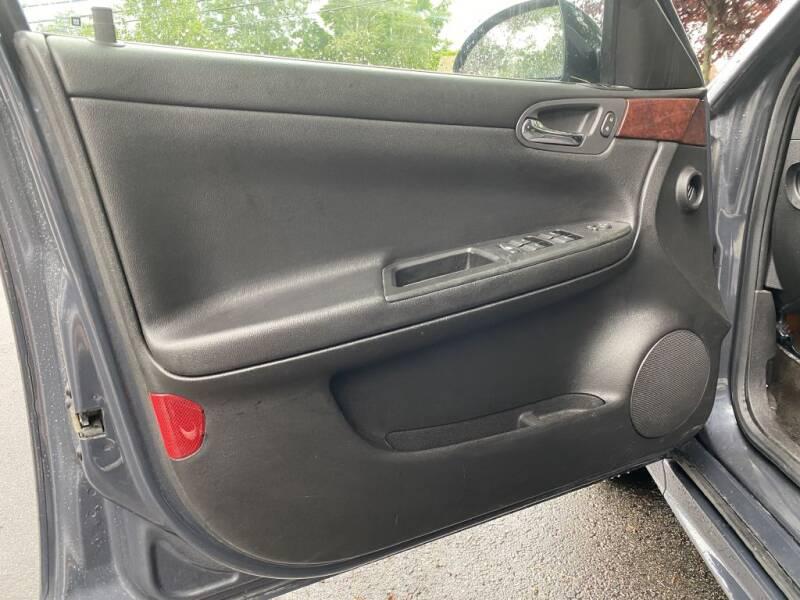 2009 Chevrolet Impala LT 4dr Sedan - Hudson NH