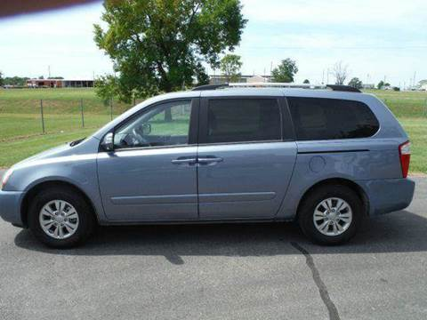 2011 Kia Sedona for sale at Sedalia Automotive in Sedalia MO