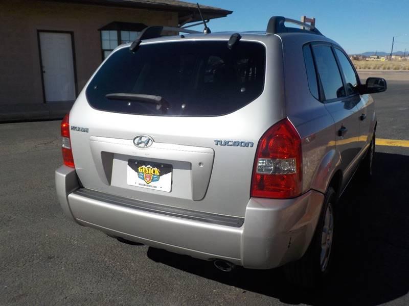 2005 Hyundai Tucson GL 4dr SUV - Falcon CO