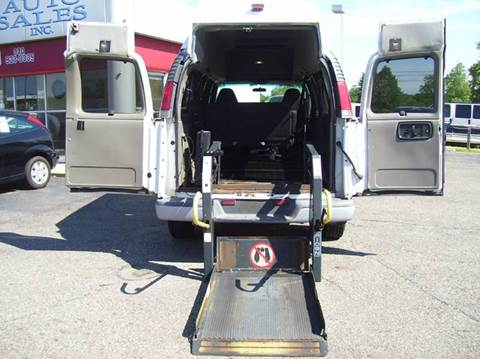 2001 Chevrolet Express Passenger for sale in Alliance, OH