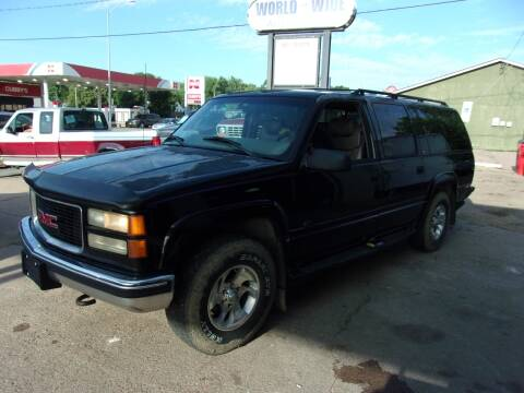 1999 GMC Suburban for sale at World Wide Automotive in Sioux Falls SD
