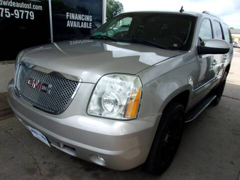 2007 GMC Yukon for sale at World Wide Automotive in Sioux Falls SD
