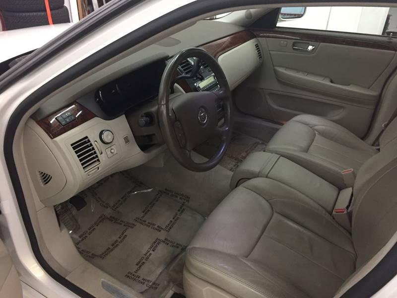 2006 Cadillac DTS Luxury  4dr Sedan - Whitesboro NY