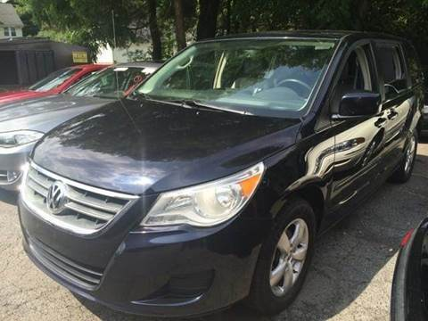 2010 Volkswagen Routan for sale in Framingham, MA