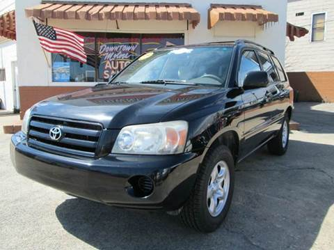 2004 Toyota Highlander for sale at Downtown Motors in Macon GA