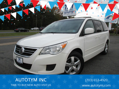 2009 Volkswagen Routan for sale at AUTOTYM INC in Fredericksburg VA
