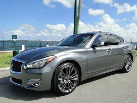 2018 Infiniti Q70 for sale in Miami, FL