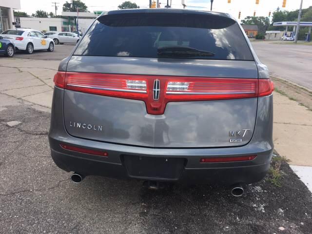 2010 Lincoln MKT for sale at National Auto Sales Inc. - Hazel Park Lot in Hazel Park MI