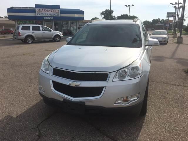 2009 Chevrolet Traverse for sale at National Auto Sales Inc. - Hazel Park Lot in Hazel Park MI